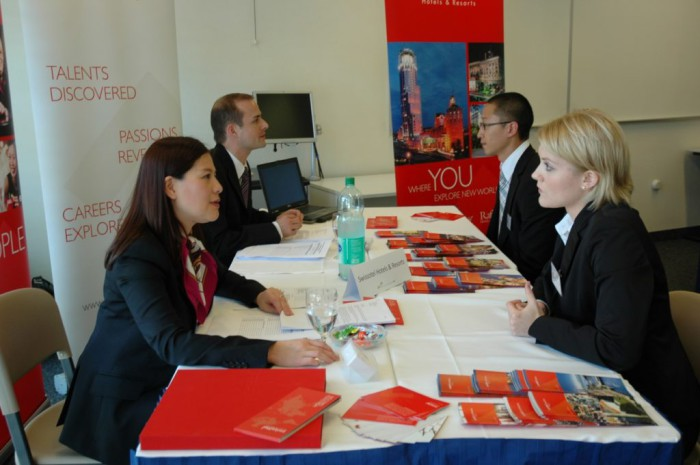 實習與就業Career-Opportunities3-1024x680-700x465