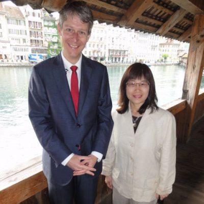 2012-林肯代表與盧省觀光局長合影-e1464839655416